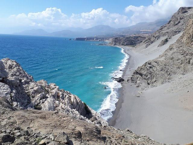 dzikie plaże Krety widok z góry